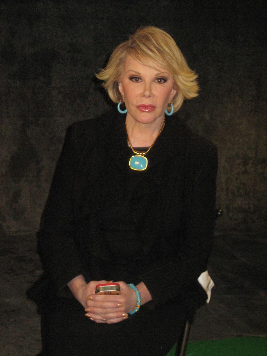 """Joan Rivers / """"Gwiazdy wierzą w duchy"""""""